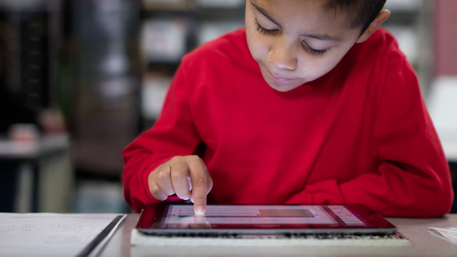 Enfant-ipad-Education-tablette